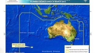 Vùng tìm kiếm MH370 :  Hình vệ tinh tùng phát hiện một số vật nổi hạ tuần tháng 3/2014, nhưng không kết quả gì.