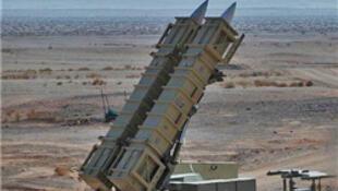 مانورهای نظامی از جمله آزمایش سیستم موشکی ایران، در منطقه سمنان.