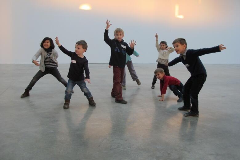Desde 2002, el Palais de Tokyo propone talleres para niños y es pionero en la iniciación al arte.