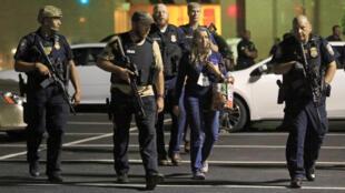 Cinco policias foram mortos durante protesto em Dallas.
