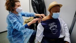 Vaccine Pfizer Covid in Nice