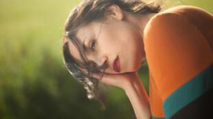 Portrait de la chanteuse Olivia Ruiz, à l'occasion de la sortie de son cinquième album «A nos corps aimants», label Polydor.