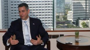 Thứ trưởng Bộ Thương mại Mỹ đặc trách vấn đề ngoại thương Francisco Sanchez - Reuters