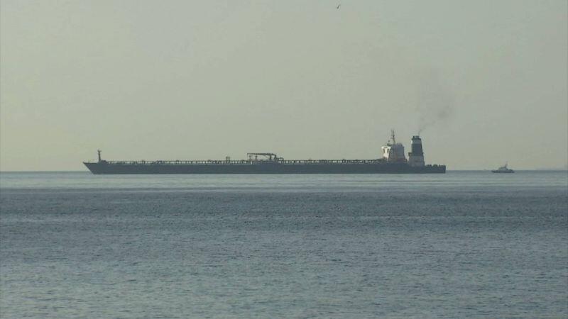 """عکسی از نفتکش """"گریس یک"""" در آبهای جبل الطّارق در روز پنجشنبه ۴ ژوئیه ۲۰۱۹ / ۱۳ تیر ۱۳۹۸"""