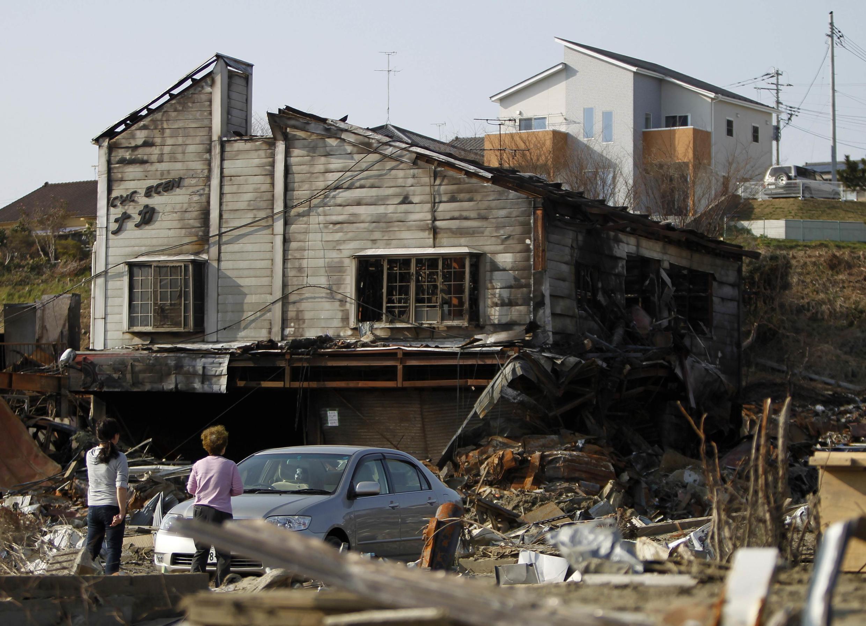 Casas destruídas na província de Miyagi