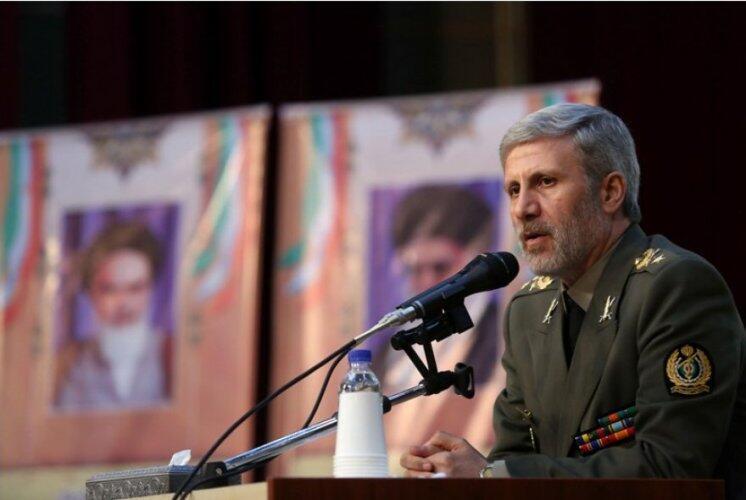 امیر حاتمی، وزیر دفاع و پشتیبانی نیروهای مسلح در ایران