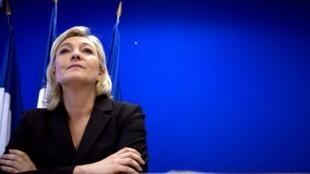 Marine Le Pen, candidate du Front national à la présidentielle, lors de la présentation de son programme économique à la presse, ce jeudi 12 janvier.