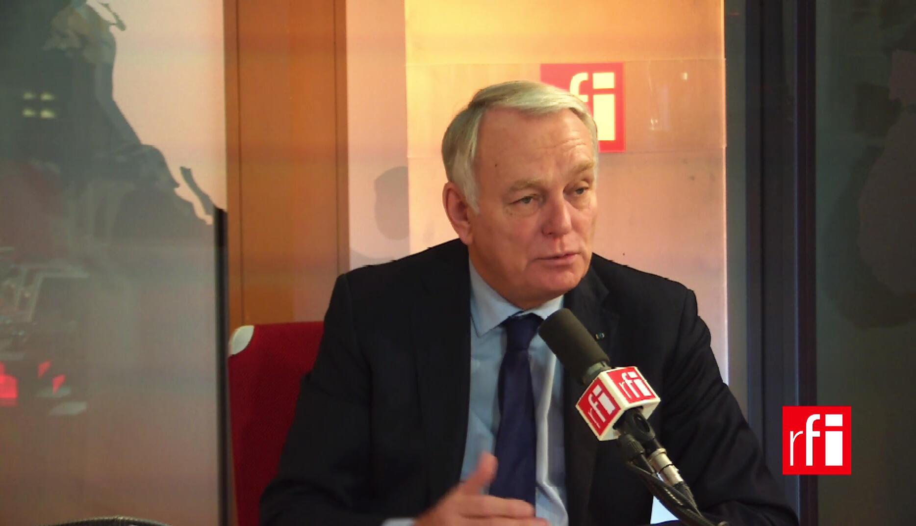 Глава МИД Франции Жан-Марк Эро в студии RFI 6 декабря 2016