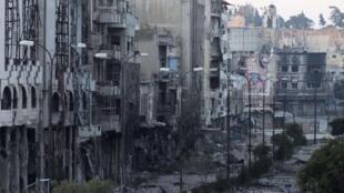 Prédios destruídos pelos bombardeios em Homs, em foto de 4 de julho de 2013.