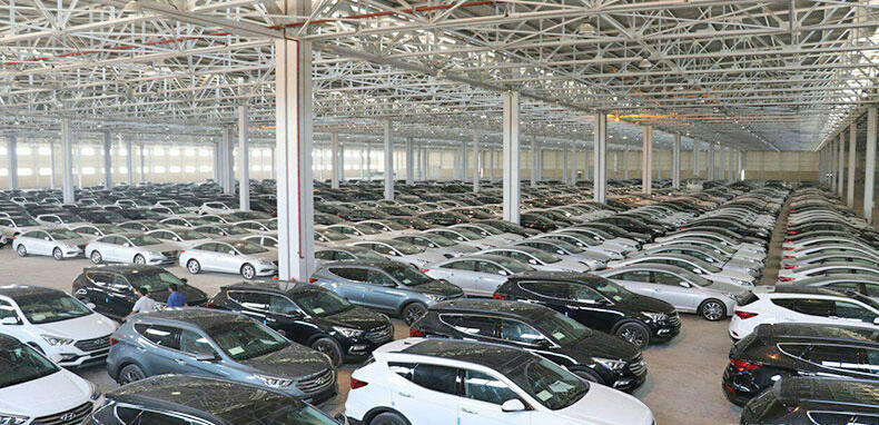 صعود قیمت خودروهای ساخت داخل و خودروهای وارداتی کماکان ادامه دارد