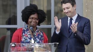 Sibeth Ndiaye succède à Benjamin Griveaux au poste de porte-parole du gouvernement français, le 1er avril.