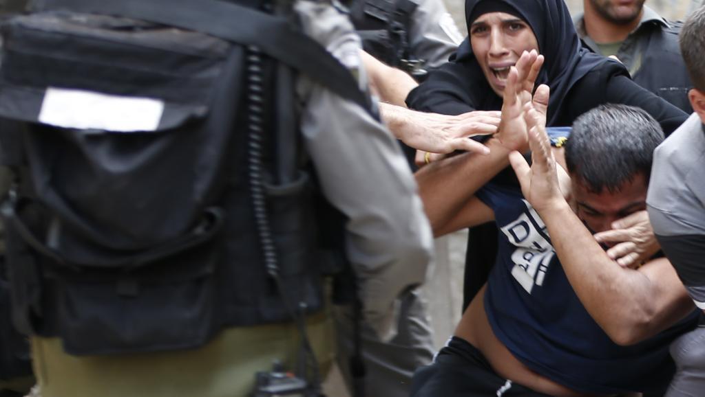 Novo ano judeu arranca em clima de violência na esplanada das mesquitas em Jerusalém entre polícia israelita e fiéis muçulmanos