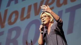 Marine Le Pen durante comício de seu partido em Bruguières, em 23 de setembro de 2017.