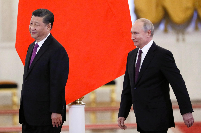 O President da Rússia Vladimir  acolhe o seu homólogo chinês  Xi Jinping no Kremlin em Moscovo.05 de Junho de 2019