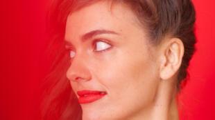 La chanteuse Camille Bertault présente son nouvel album «A pas de géant», label Sony Music/Okeh.