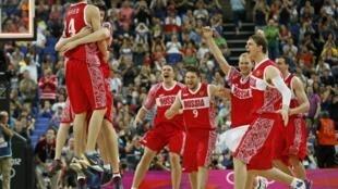 Мужская сборная России по баскетболу - бронзовый призер Олимпиады в Лондоне. 12 августа 2012.