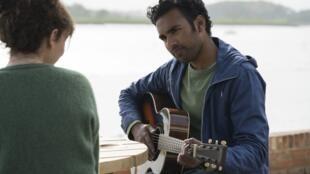 Himesh Patel dans «Yesterday», de Danny Boyle.