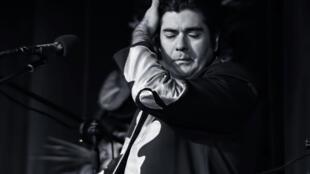 سالار عقیلی، خواننده ایرانی