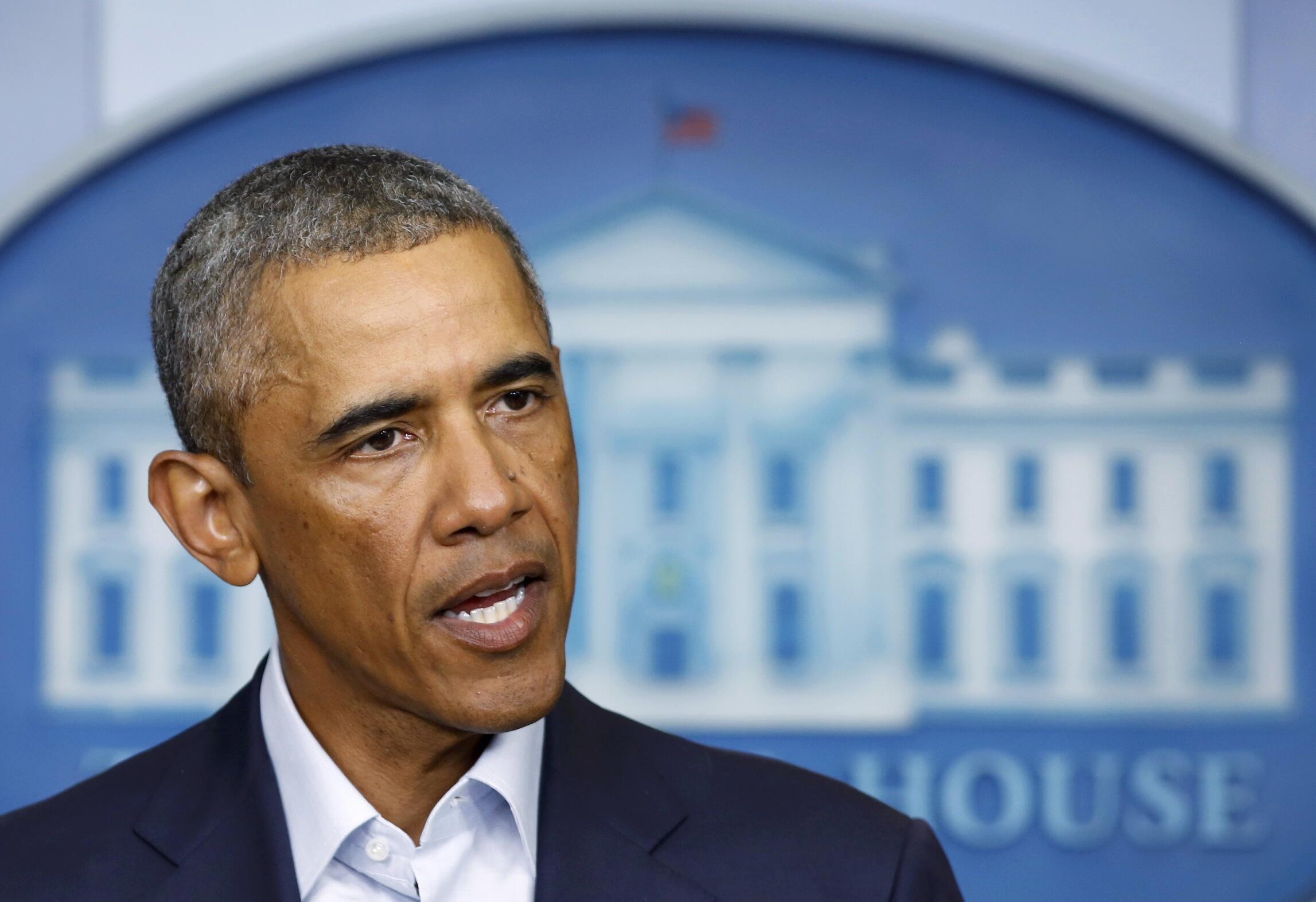 O presidente Barack Obama conversa com jornalistas na Casa Branca, nesta segunda-feira