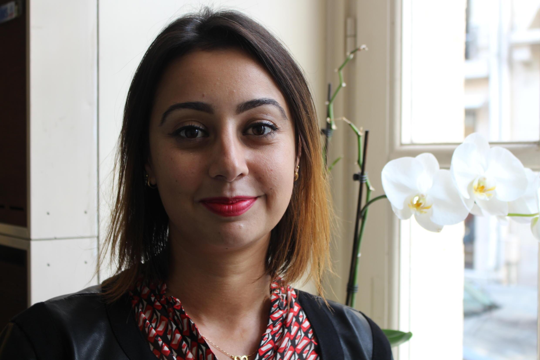 A brasileira Cristianne Gama afirma que o trabalho da associação é essencial para integração