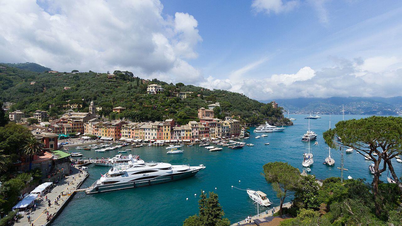 Portofino nhìn từ trên cao.