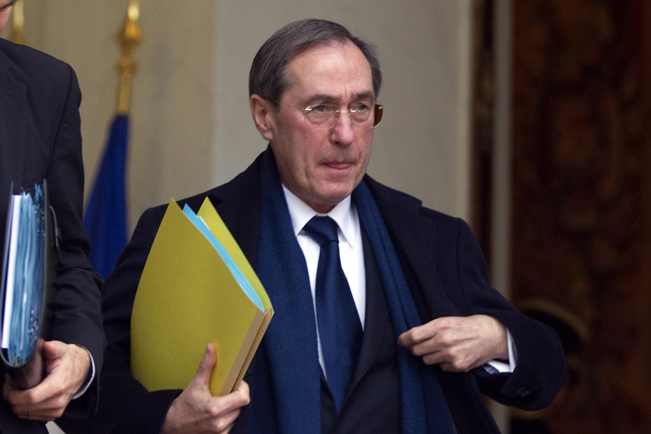 Claude Guéant, former Elysée secretary-general is among those called for questioning.