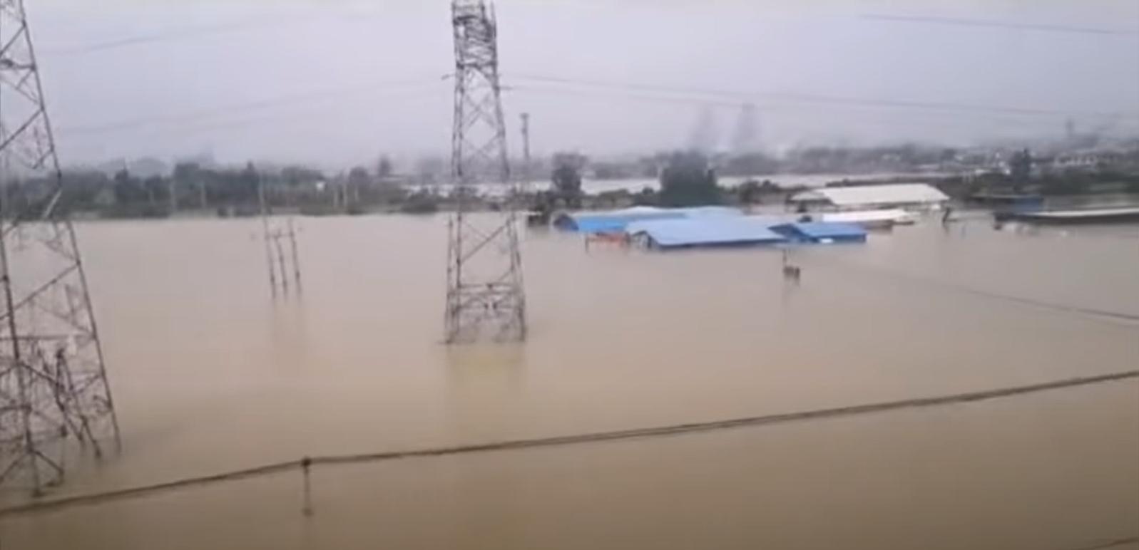 河南水災新鄉被淹2021年7月25日