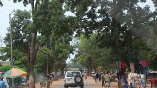 La rue principale de la ville Fada N'Gourma.