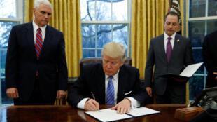 Rais Donald Trump punde baada ya kuapishwa kwake jijini Washington January 20 2017.