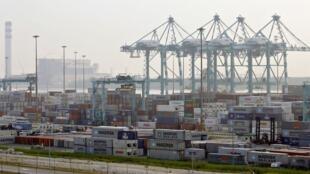Le port de Tanjung Pelepas où les autorités malaisiennes ont découvert 110 conteneurs de déchets illégaux en provenance de Roumanie.