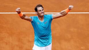 L'Espagnol Rafael Nadal a remporté son 9e titre au Masters 1000 de Rome en battant Novak Djokovic en finale.
