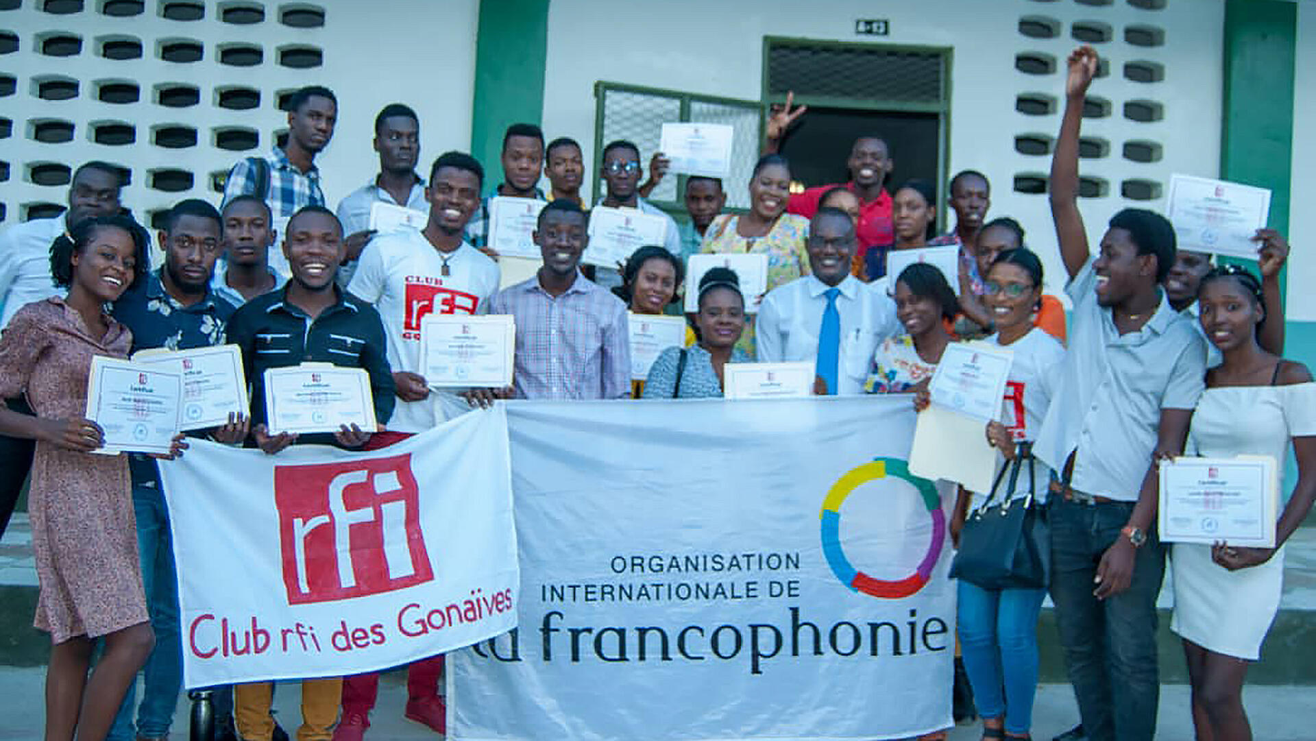 Haïti - Club RFI Gonaïves - participants de la formation