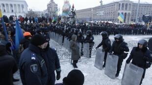 Полиция блокирует подступы к площади Независимости в Киеве